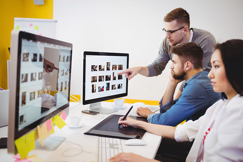 creative team discussing images to use online