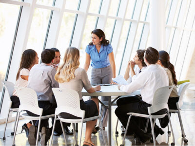 5 Communication Skills To Help You Become a Better Leader